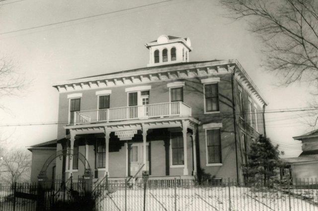 3640 Marine Avenue, Photo by William Swekosky, 1940-1959, Missouri History Museum, N05082.jpg