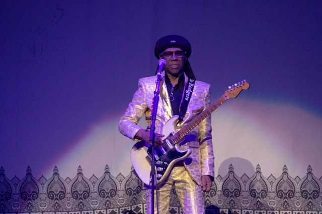 nile rodgers & chic 002.JPG