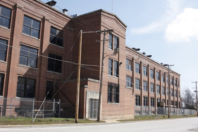 Old General Electric Plant on Etzel Avenue, Wellston, Photo by Chris Naffziger.jpg
