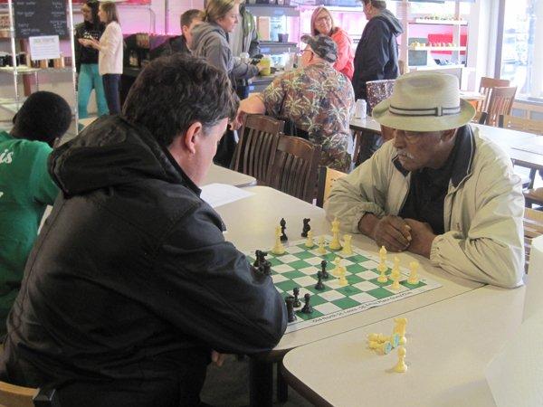 ppl chess players.jpg