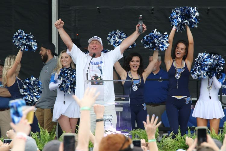 Brett Hull's best 2019 Stanley Cup Final and victory parade moments