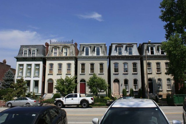 Mississippi Avenue, Lafayette Square, Photograph by Chris Naffziger.jpg