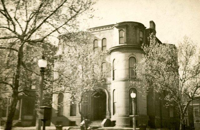 William McKee Residence, 3028 Pine, Photograph by William Swekosky, 1938, Missouri History Museum, St. Louis, N05850.jpg