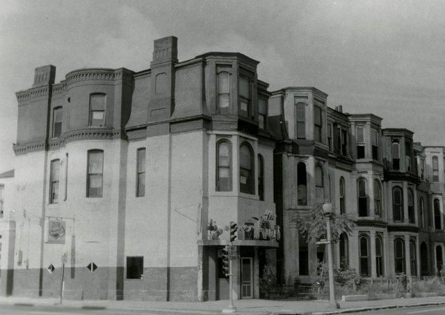 Pine and Compton Avenue, Photograph by William Swekosky, Missouri History Museum, N06379.jpg