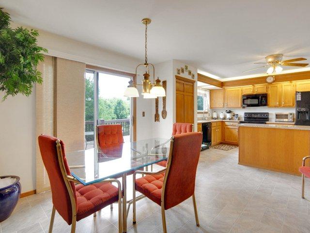 7506 Woodbridge Estates Ct St-007-29-IMG 7609-MLS_Size.jpg