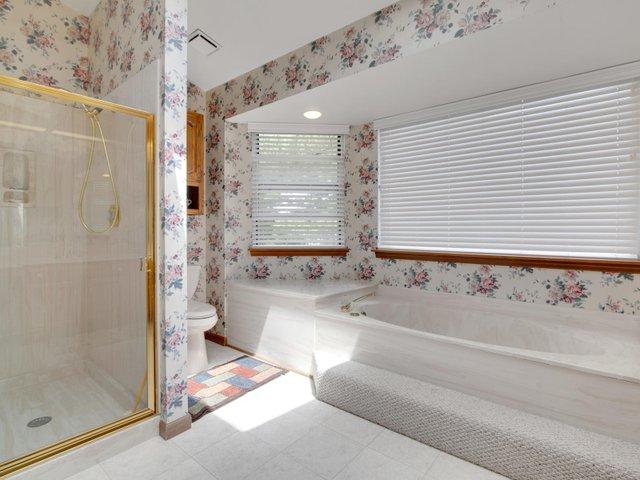 7506 Woodbridge Estates Ct St-022-8-IMG 7674-MLS_Size.jpg