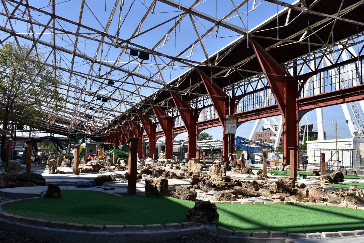 St  Louis Aquarium update: Ferris wheel base is up, mini