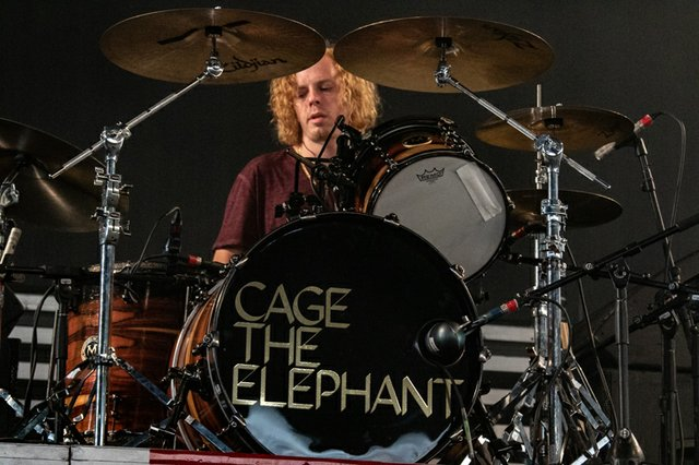 Cage the Elephant 122.jpg