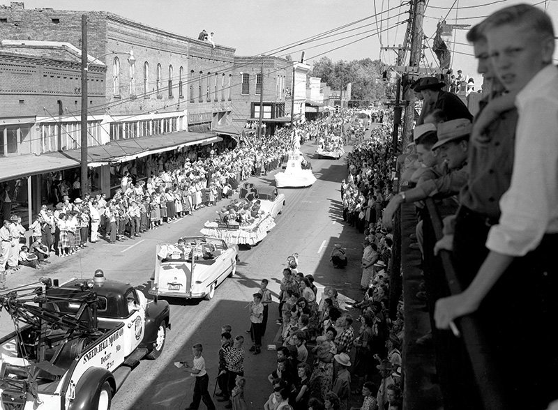 A look back at a Dexter fall festival parade in 1955