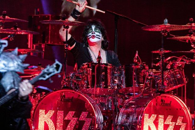 Kiss 103.jpg