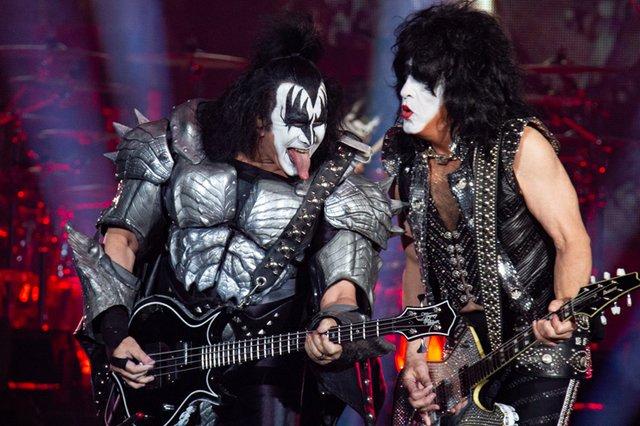 Kiss 173.jpg