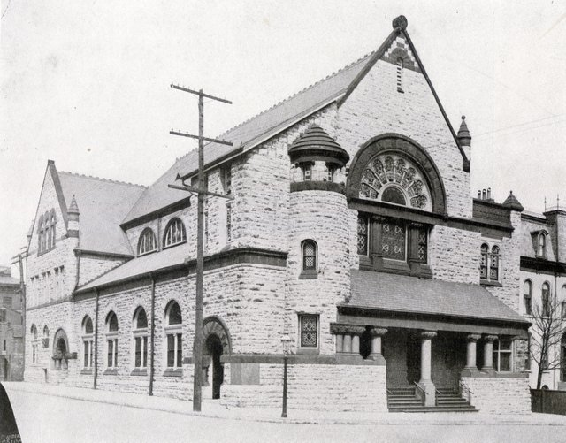 Union Memorial Methodist Church, Pine and Leffingwell Photographed in 1901 when still Temple Israel, Missouri History Museum, N11133.jpg