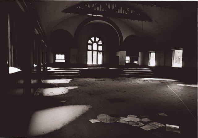 Interior, Memorial Baptist Church, 2726 Pine, February 2, 1960, Photograph by Irv Schankman, Missouri History Museum, N22368.jpg