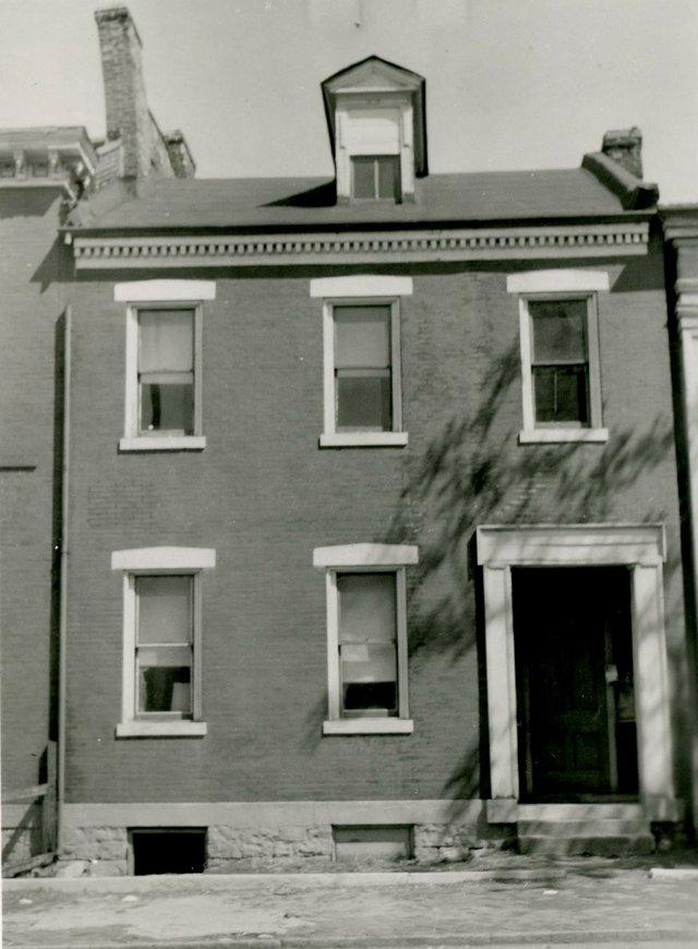 Adalbert Steinkaler House, 2614 7th Street, Photograph by William Swekosky, Missouri History Museum, N04148.jpg