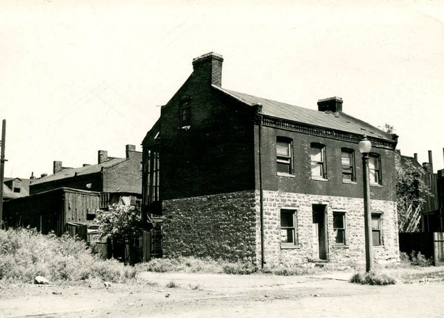 N. Trudeau Residence, 2111 Kosciusko, 1946, Photograph by William Swekosky, Missouri History Museum, N03867.jpg