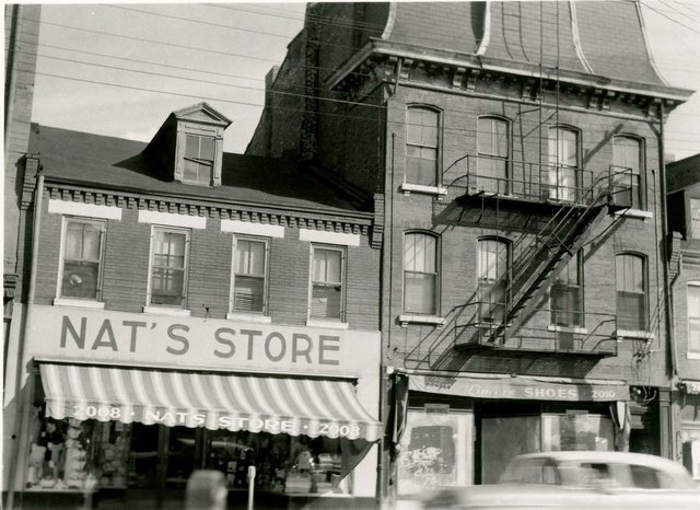 Nat's Store and Lincor's Shoes, 2008-10 South Broadway, Photograph by William Swekosky, Missouri History Museum, N04872.jpg