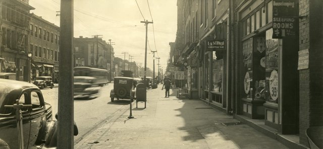 View of 1400 Block of South Broadway, c. 1920s, Photograph by Richard Moore, Missouri History Museum, N40550.jpg
