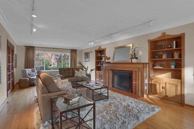 581 Purdue Ave University City-print-003-005-Living Room-3648x2432-300dpi.jpg