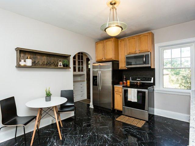 6 b kitchen.jpeg