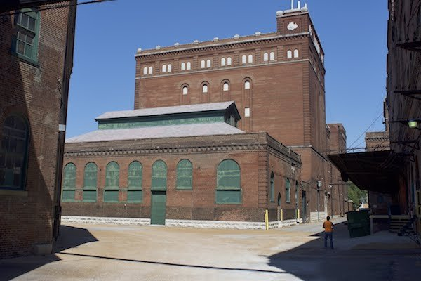 New Fermenting House behind First Boiler House, Photograph by Jason Gray.jpg
