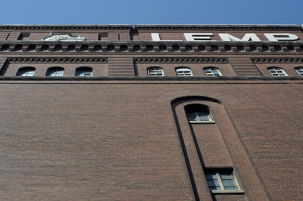 New Fermenting House, Photograph by Jason Gray.jpg