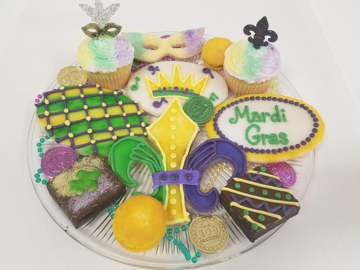 Tremendous 7 Bakeries In St Louis Offering King Cakes Mardi Gras Treats Birthday Cards Printable Nowaargucafe Filternl