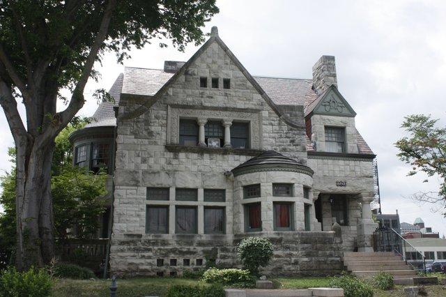 Robert Henry Stockton House, Photograph by Chris Naffziger.jpg