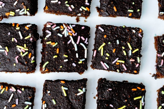 chocolate cake (9 of 10).jpg