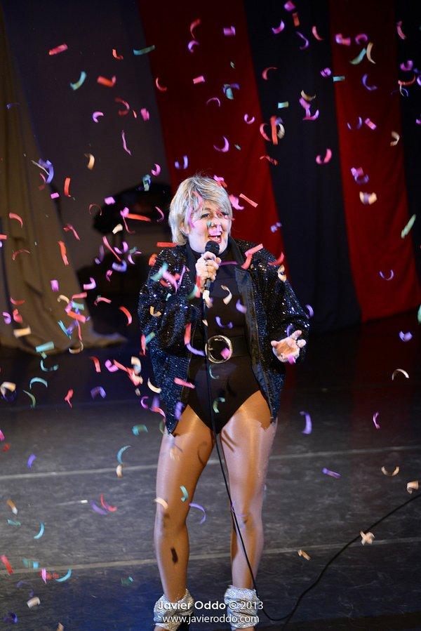 Deenie Nast Confetti Photo by Javier Oddo.jpg