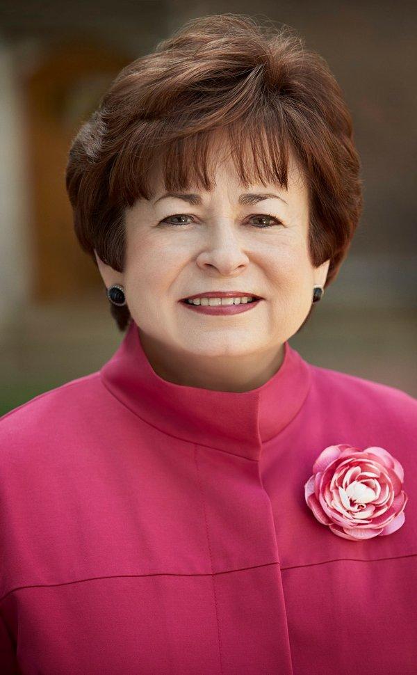 Maxine Clark 1.jpg