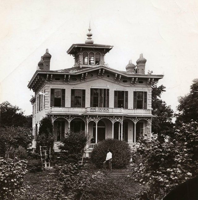 W.H.D. Barnard Residemce, Southwest Corner of Meramec and Virginia, 1878, William Swekosky Collection, Missouri History Museum, N04503.jpg