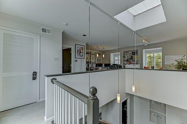 4504_Pershing_Place_St._Louis-17-original-Upstairs.jpeg