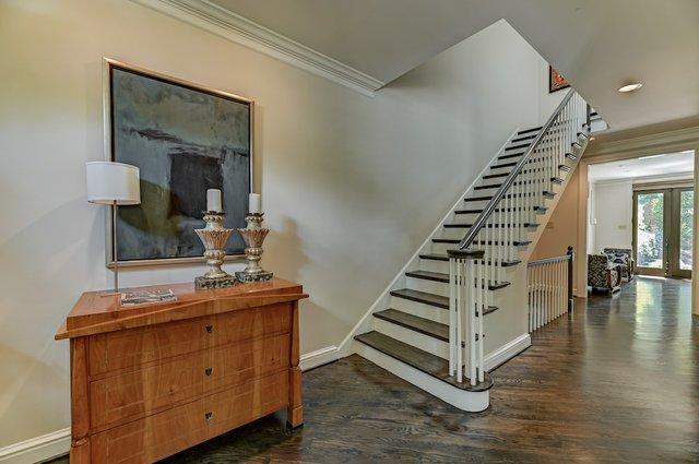 4504_Pershing_Place_St._Louis-19-original-Stairway.jpeg