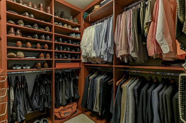 4504_Pershing_Place_St._Louis-8-original-Master_Closet.jpeg