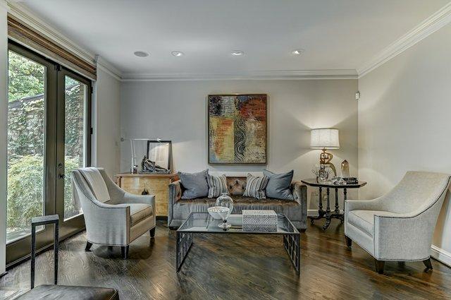 4504_Pershing_Place_St._Louis-3-original-Living_Room.jpeg