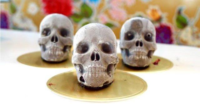 Skulls_crop_1.PNG