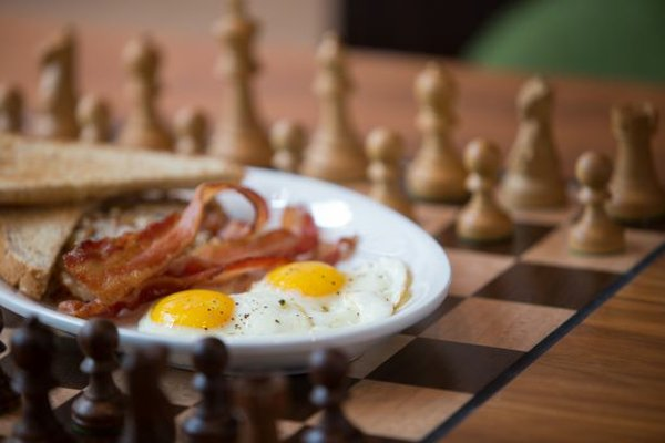 Chess_eggs_1.jpeg