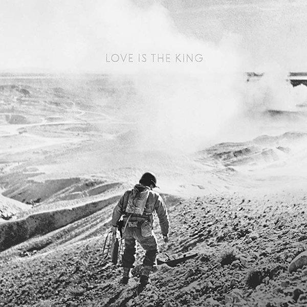 Love-Is-The-King-604.jpg