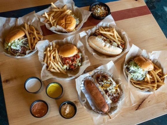 Three Tidbits: New burger joint in Kirkwood, Lucky A for the holidays, more mask etiquette