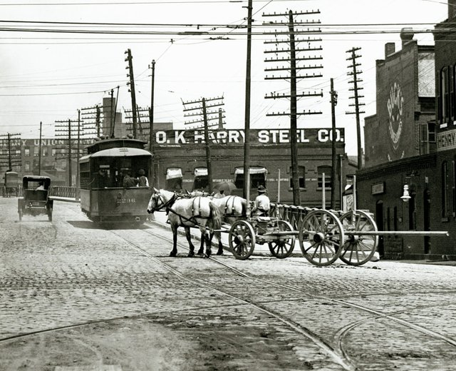 Jefferson Avenue Viaduct North from Chouteau Avenue, c. 1900, Missouri History Museum, N34812.jpg