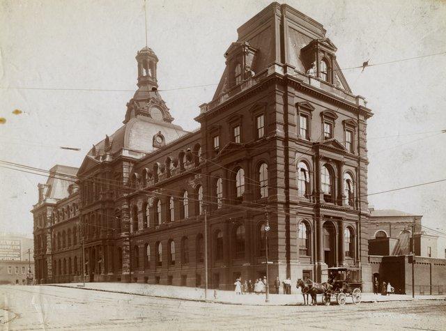 Emil Boehl, Fourt Courts, 12th and Clark, Missouri History Museum, N11200.jpg