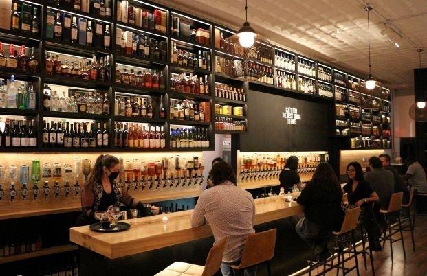 Brennans_bar side.jpg