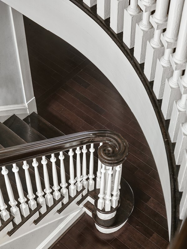 staircase detail.jpg