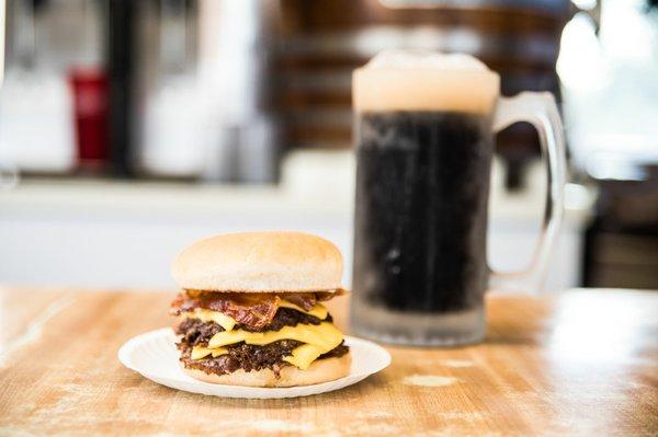 Burger_beer_1.jpg